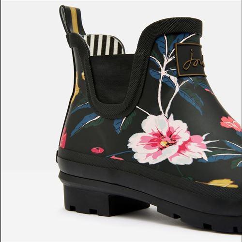 Tom Joules gummistøvle kort - Black Flower Str. 36