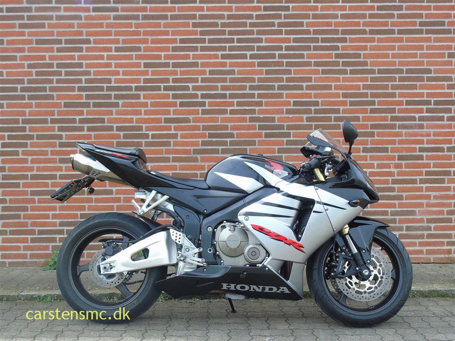 Honda CBR 600 RR Sport