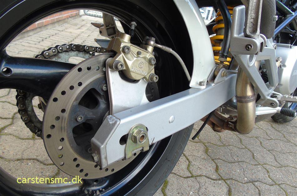 Ducati 600 Monster Street