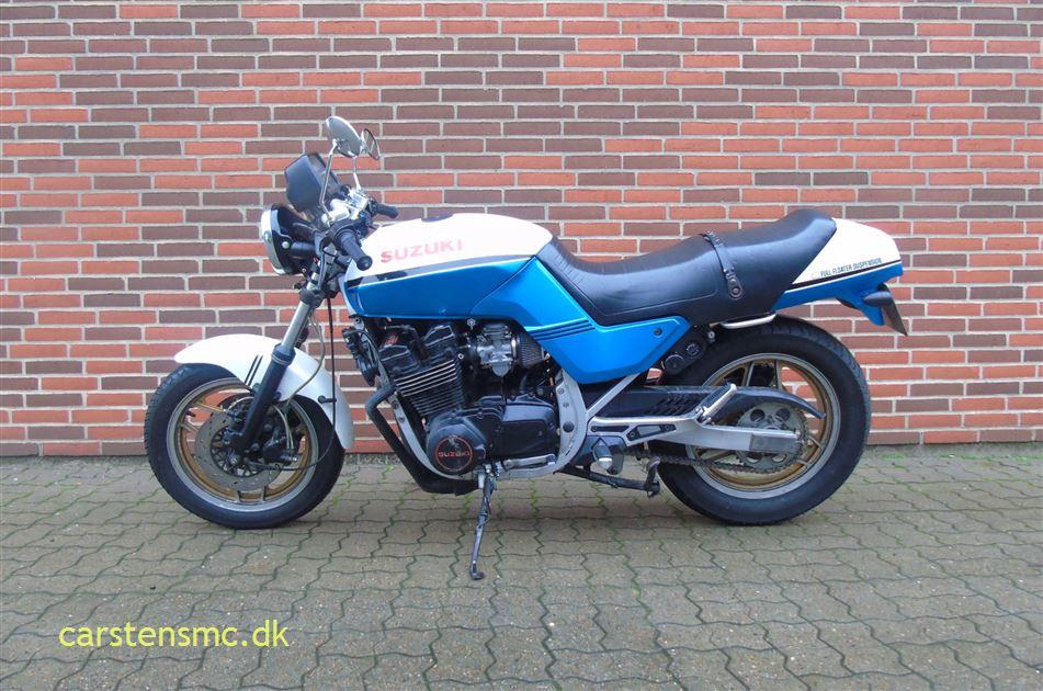 Suzuki GSX 750 ES Street