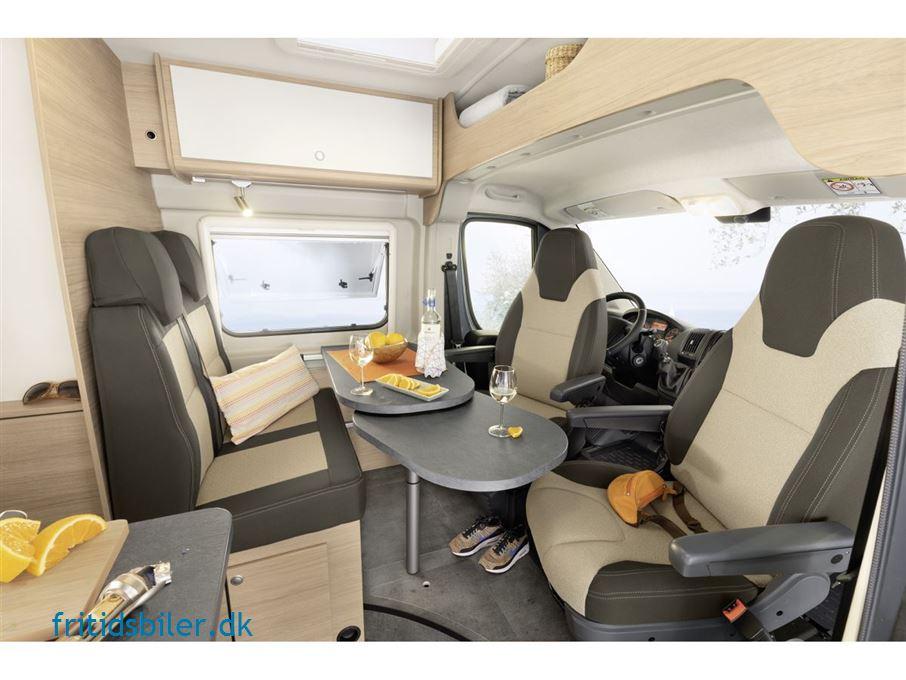 RoadCar R 600 2,2. 120 HK