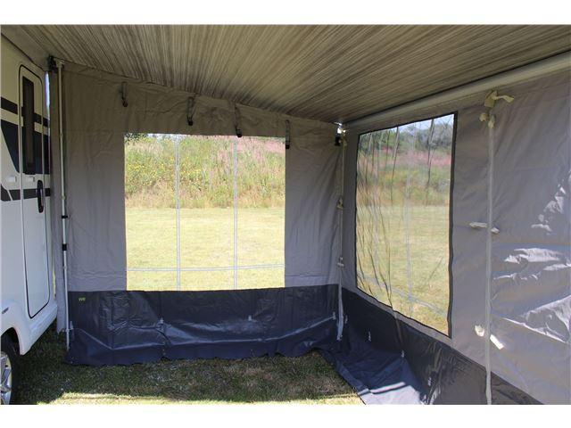 Wecamp Front 3,1 t/Fiamma Caravanstore posemarkise